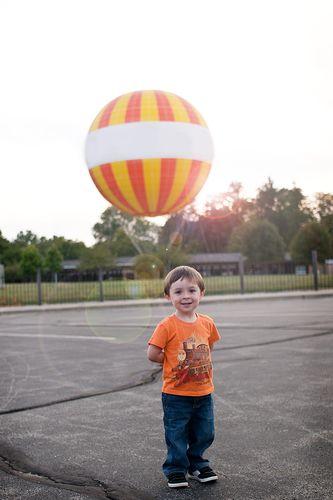 Noahandthemagicalballoon